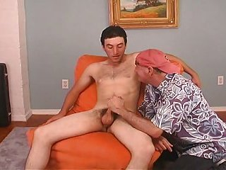 Hot str8 HUNG dude with great body gets blown