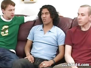 Amateur threesome at room in my house