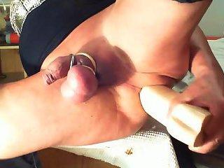 Crossdresser frogghi big dildo