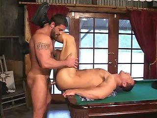 Joueurs de billard sexy