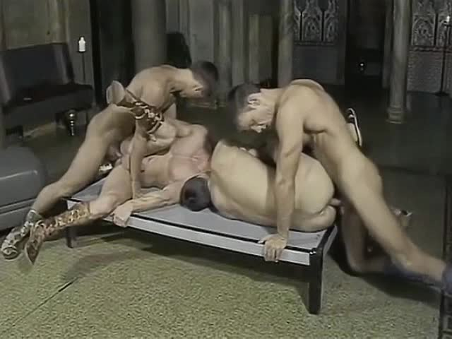 tesha-soblaznila-porno